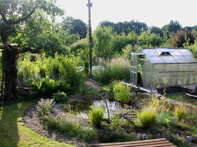 lory naturgarten galerie ein garten entwickelt sich 2014. Black Bedroom Furniture Sets. Home Design Ideas